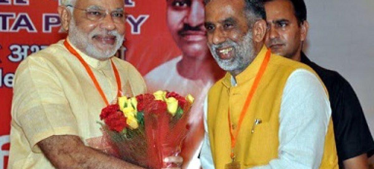 आम वोटर को विकास नहीं हताशा से भरा लग रहा है चुनाव कृष्णपाल की किश्ती मंझधार में फंसी लगती है