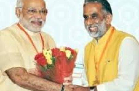 मंत्री ने बेटे को मेयर बनवाने के लिए 26 गांवों पर लगाया दांव  गांवों में भारी विरोध शुरू, ललित नागर ने किया ग्रामीणों को लामबंद